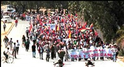 BOLIVIE : LA GUERRE DE L'EAU;  Sécurité juridique » contre « Droits de l'homme »; L'escroquerie du siècle : Bechtel contre les Boliviens