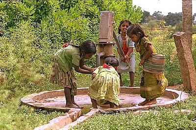 Pollution. L'Unesco a présenté un filtre qui capte l'essentiel du poison. L'Arsenic : du sable usagé pour laver l'eau