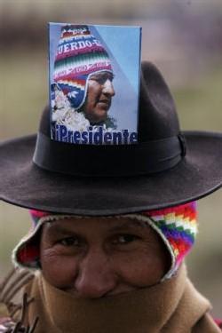 un indien supporter de Morales