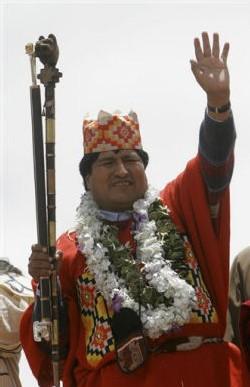 Evo Morales nomme ministre de l'eau Abel Mamani l'opposant à Suez à La Paz-El Alto