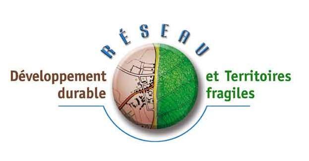 LECTURE <font color='red'> 'Les territoires de l'eau', de la Revue 'Développement durable et territoires'.</FONT>