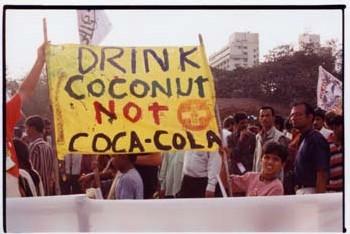 EAU POTABLE : <font color='red'>On trouve de tout dans le Coca indien, même des pesticides</font>