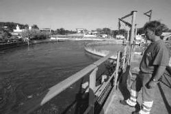 Des élus locaux contestent l'autorité du Syndicat des Eaux de Charente-Maritime à s'octroyer par convention la gestion de l'eau potable