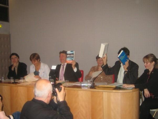 Conférence de presse au Sénat 27 octobre à 11 h : Suez : le lobbying en question. Compte-rendu)
