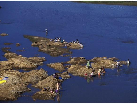 Transfert d'eau des pays pauvres vers les pays riches : Madagascar exportera de l'eau douce vers les pays du Golfe