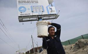 Dans le désert péruvien, un publicitaire transforme l'air en eau