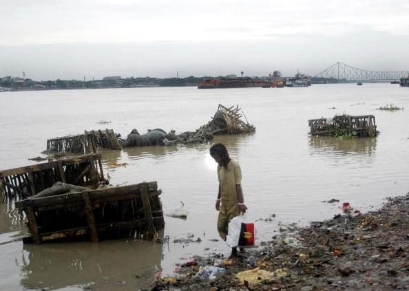 La pollution du Gange par les déchets