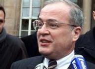 Christian Pierret (à la sortie du Conseil des ministres à l'Elysée le 18 avril 2001)