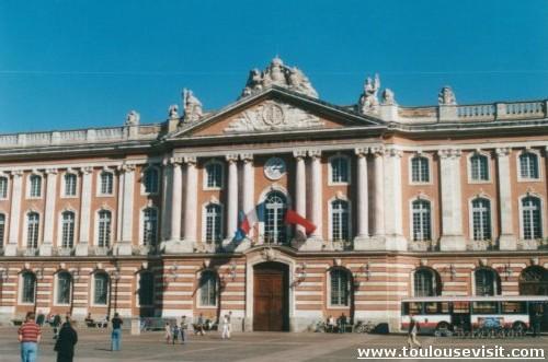 Toulouse attaquée sur le prix de l'eau