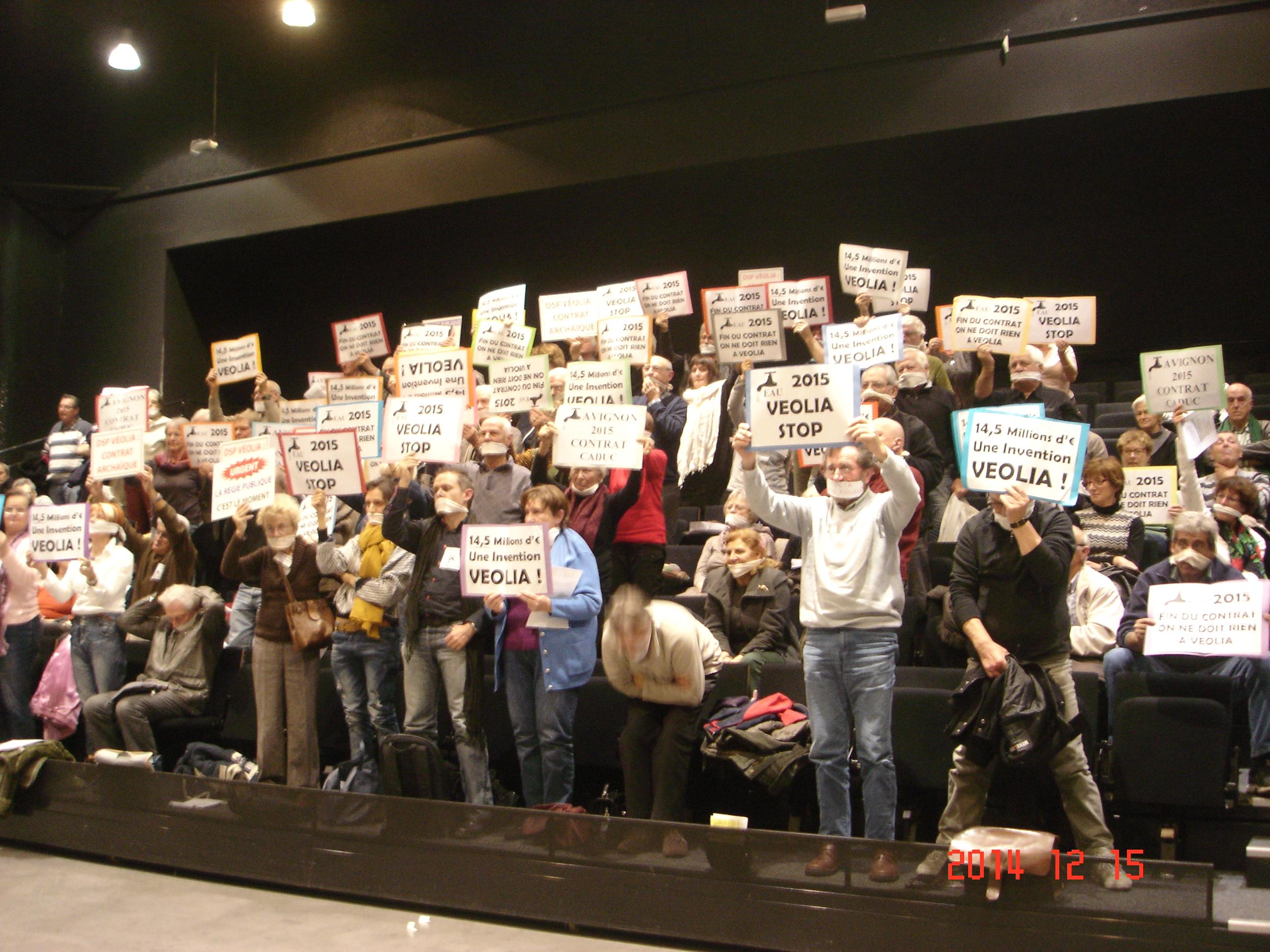 Marchons pour la Gestion Publique Marchons vers la Mairie Avignon samedi 31 janvier 10h :  LA PROLONGATION DU CONTRAT AVIGNON/VEOLIA DOIT ETRE ANNULEE